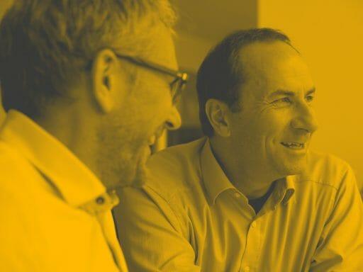 Wolfgang Kieslich und Stefan Krampe bei fröhlichem Gespräch
