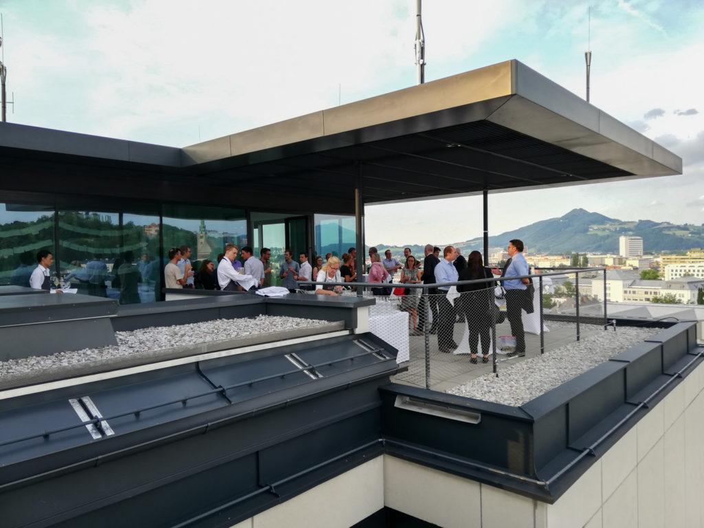 Trafficon 10 Jahresfeier auf der Dachterrasse des Stadtwerk Hochhauses
