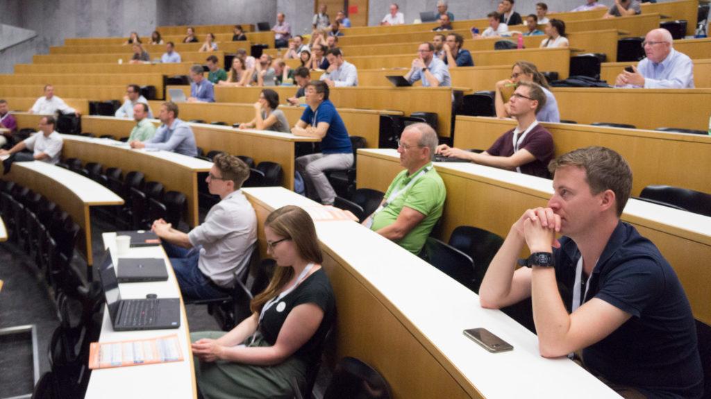 Publikum des Spezialforums im Audimax