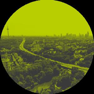 Frankfurt Skyline Verkehr und Umwelt