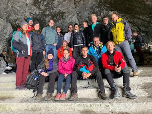 Team Trafficon vor Eisriesenhöhlen Werfen
