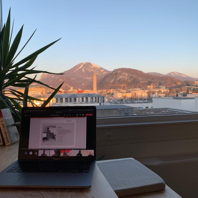 Büro mit Gaisberg Blick